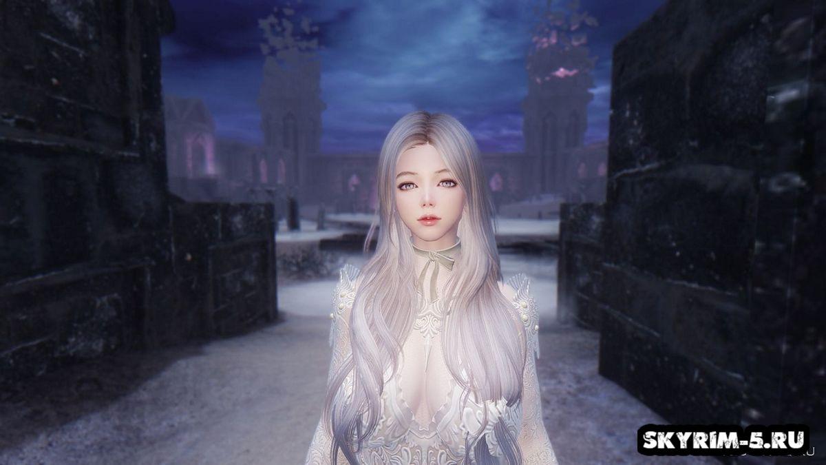 Serana White